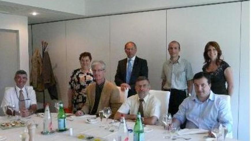Visite de D. Yazell, président de la section Houston de l'AIAA