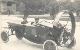 Les travaux de Marcel LEYAT et la suite donnée par le  Projet LEYEL: Une automobile propulsée par moyen fluidique.  (Aérodynamique contrôlée)